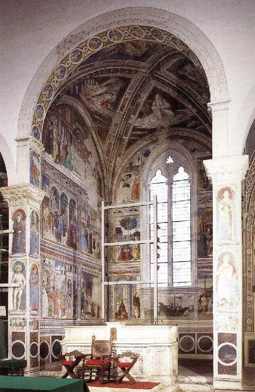 GOZZOLI, Benozzo View of the apsidal chapel fh